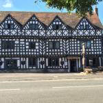 Hotel Pictures: The Tudor House Hotel, Warwick