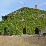 Hotel Pictures: Domaine De Lavit, Roussières
