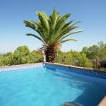 Hotel Pictures: Holiday home Casa Blanca 1, Pedralba