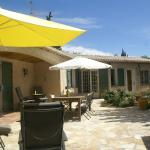 Hotel Pictures: Maison De Vacances - Bagnols-En-Forút, Plan Florent
