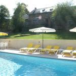 Hotel Pictures: Maison De Vacances - Sussac, Châteauneuf-la-Forêt