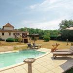 Hotel Pictures: La Pierre, Mouleydier