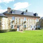 Hotel Pictures: Maison De Vacances - La Trinite-De-Reville, Saint-Agnan-de-Cernières