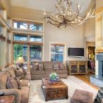 Cody House 113893-102978,  Teton Village