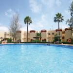 Hotel Pictures: Apartment 33 Club Caronte, Sitio de Calahonda
