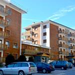 Hotel Pictures: Flaminia C47, Crans-Montana