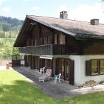 Hotel Pictures: Lombachhaus Tal, Saanenmöser