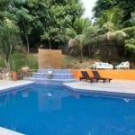 Hotel Pictures: Suite no Vale, Barra da Tijuca