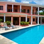 Hotel Pictures: Coral House, Belize City