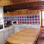 Hotel Pictures: Two-Bedroom Apartment Haut-Verdon Logis, Beauvezer