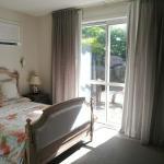 Taupaki Holiday House & Farm, Auckland