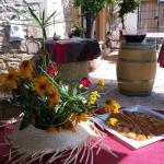 Hotel Pictures: Le Clos des Aramons, Bernis