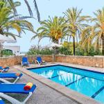 Hotel Pictures: Villa Las Palmeras, Son Serra de Marina