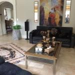 Hotel Pictures: Ahura, Thornhill