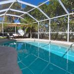 Siesta Beach Pool House, Sarasota