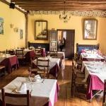 Hotel Pictures: Casa Rural Restaurante Casino Munilla, Munilla