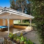 Carinya front beach house - With Entertaining Deck, Blairgowrie