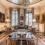Luxurious Apartment for 4 Boulevard Saint Germain, Paris