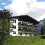 Foto Hotel: Im Höfle Ferienwohnungen, Mittelberg
