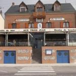 Hotel Pictures: Aux Trois Jean, Le Crotoy