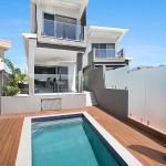 Pacific Breeze, Gold Coast