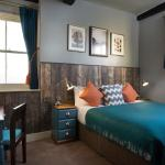 Hotel Pictures: The Ostrich Inn, Slough