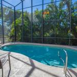 Vacation Pool Home by the Beach, Naples
