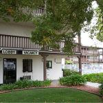 EZ 8 Motel Old Town,  San Diego