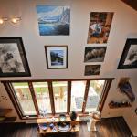 Hotel Pictures: Creekside Guest Suite, Hagensborg