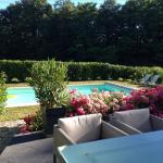 Hotel Pictures: La Maison de Famille, Bertric-Burée