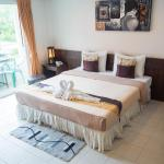 The Nice Patong Hotel, Patong Beach