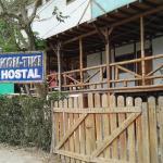 Hostal Kon Tiki,  Montañita