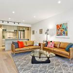 MELBOURNE 3 BED MODERN TOWNHOUSE FULLY SELF CONTAINED (6GEO), Melbourne