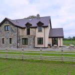 Hotel Pictures: Groesfaen Bach, Caerwys