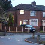 Hotel Pictures: 3 Bed Holiday home Manchester, Manchester