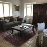 Hotel Pictures: Location maison 3 chambres piscine privée, Chandolas