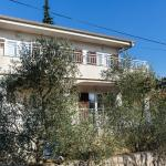 Adria Holiday Home, Pinezici