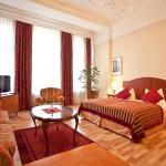 Kult-Hotel Auberge, Berlin