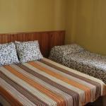Hotel Pictures: Casona Fuente del Barrio, Chera