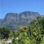 Gorgeous Mountain View Studio, Cape Town