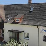 Hotel Pictures: Ferienwohnung-Katharina-im-Gaestehaus-Wilma, Langenargen