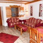 Hotel Pictures: Ferienwohnung-Enzian-11-Garten, Missen-Wilhams