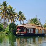 Mass Cruise 4 Bed House Boat Deluxe, Alleppey