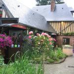 Hotel Pictures: Auberge du Val au Cesne, Saint-Clair-sur-les-Monts