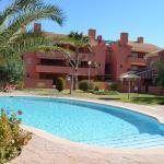 Hotel Pictures: Albatros Playa 2 - 4905, Mar de Cristal