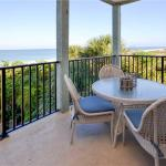 Gulfside Manor - Three Bedroom Condo - 2, Clearwater Beach