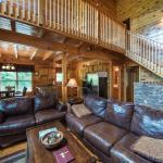 Triple Mountain View - Three Bedroom Home,  Gatlinburg