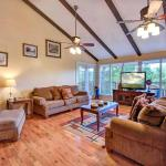 Never-Ending View - Three Bedroom Home, Sevierville