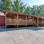 Paul's Paradise - Two Bedroom Home, Gatlinburg