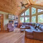 Silver Fox Lodge - Four Bedroom Home,  Gatlinburg
